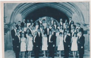 The Singing Hoosiers  (Can you find me?)